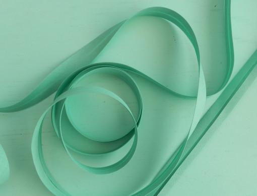 Biais uni vert émeraude clair